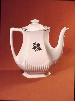 Adams - Empress Shape - Tea Leaf - Coffeepot