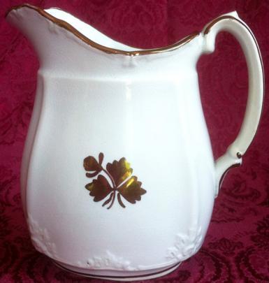 Alfred Meakin - Brocade - Tea Leaf - Creamer