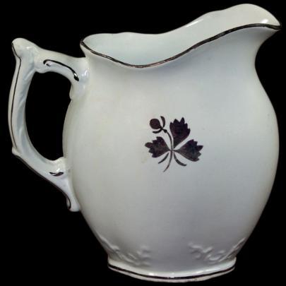 Alfred Meakin - Crewel - Tea Leaf - Creamer