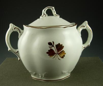 Alfred Meakin - Crewel - Tea Leaf - Sugar Bowl