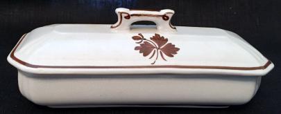 Alfred Meakin - Fishhook - Tea Leaf - Brush Box Horizontal