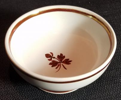 Alfred Meakin - Plain Round - Tea Leaf - Boston Egg Cup