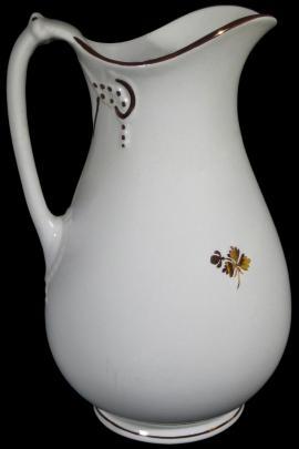 Anthony Shaw - Cable Shape - Tea Leaf - Ewer 1870s