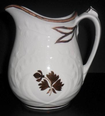 Anthony Shaw - Lily-of-the-Valley - Tea Leaf - Creamer