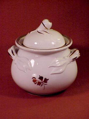 Anthony Shaw - Pear - Tea Leaf - Sugar Bowl
