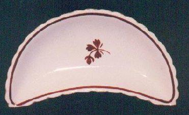 Anthony Shaw - Scalloped Rim - Tea Leaf - Bone Dish