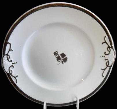 Anthony Shaw - Simplicity - Tea Leaf - Cake Plate