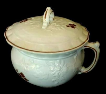 Burgess - Chrysanthemum - Tea Leaf - Chamber Pot