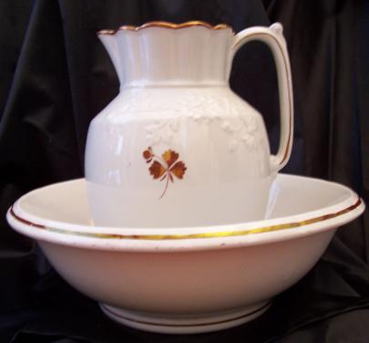 Burgess - Chrysanthemum - Tea Leaf - Ewer and Basin