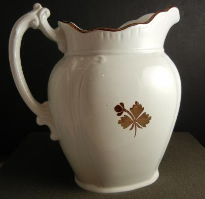 Challinor - Corinthian - Tea Leaf - Pitcher