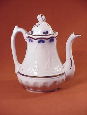 Clementson - New York Shape - Lustre Band - Teapot