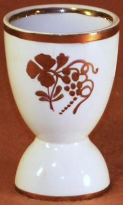 Clementson - Plain Round - Teaberry - Egg Cup