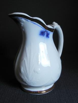 Clementson - Prairie Shape - Lustre Band - Pitcher 2 with cobalt line and plumes