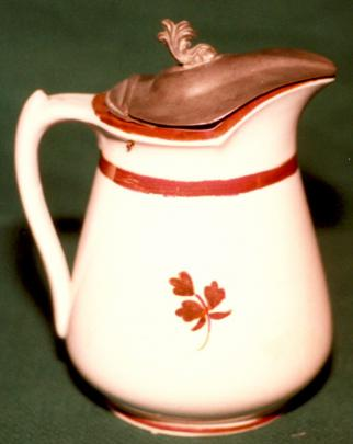 William Davenport - Rondeau - Tea Leaf - Syrup Pitcher