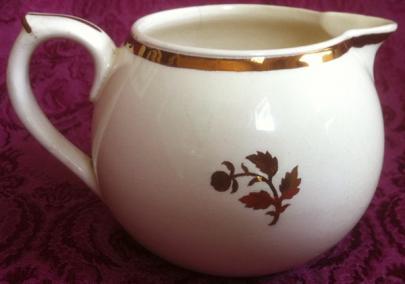 Edge Malkin - Polonaise - Tea Leaf - Creamer