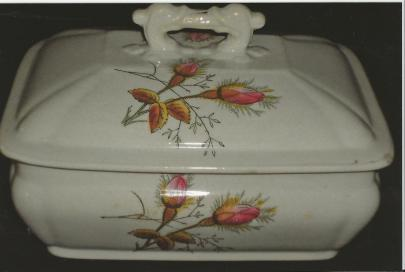 Edwards Brothers - Victory Shape - Moss Rose - Soap Dish