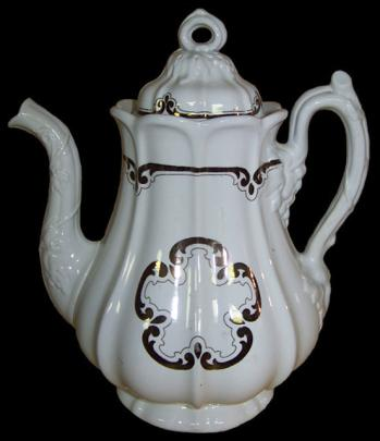 Jacob Furnival - Panelled Grape - Cinqefoil - Teapot