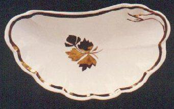 Grindley - Scalloped Rim - Tea Leaf - Bone DIsh