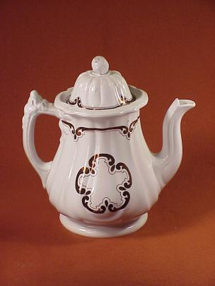 Jacob Furnival - Grand Loop - Cinquefoil - Teapot