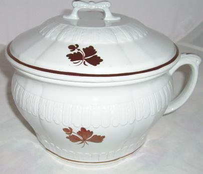 John Edwards - Peerless Shape - Tea Leaf - Chamber Pot
