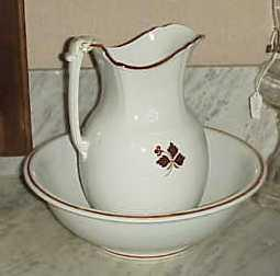 John Edwards - Victory Shape - Tea Leaf - Ewer and Basin