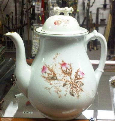 Knowles, Taylor Knowles - Cable - Moss Rose - Teapot