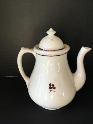 Middleton - Plain Round - TL - Teapot