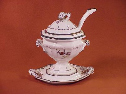 Unknown - Grape Octagon - Thistle and Berry - Sauce Tureen