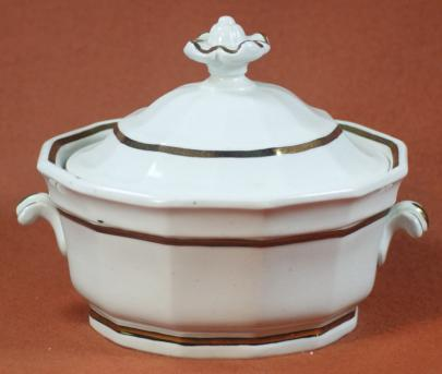 Walley - Full Panelled Gothic - Lustre Band - Vegetable Tureen - small