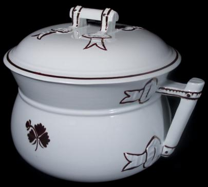 Wilkinson - Bow Knot - Tea Leaf - Chamber Pot
