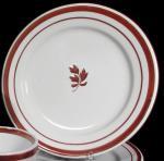 William Davenport - Rondeau - Tea Leaf - Plate